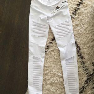 ALO moto legging White NWT